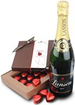 Hearts gift box with champagne