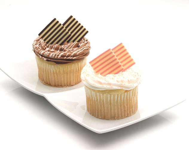 Buy Chocolate Panels For Cake Decorating