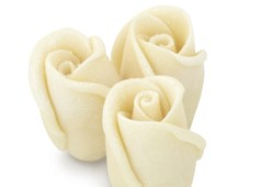 White chocolate rosebuds