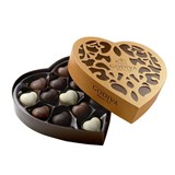 Godiva, Coeur Iconique Grand, 12 Chocolate Hearts Gift Box