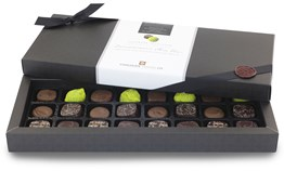 Connoisseur's Mix Chocolate Box (24)